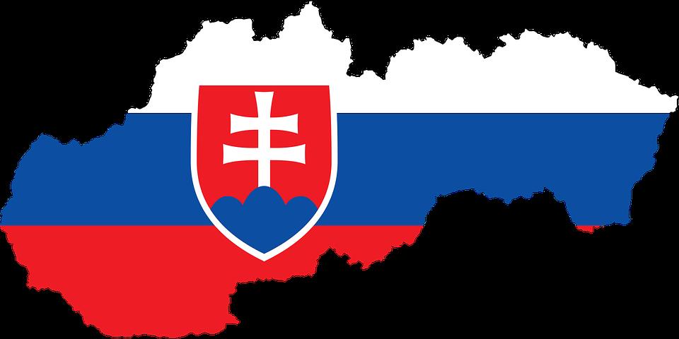 vlajka slovenska na mape